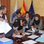 Santiago del Teide entregan ayudas sociales a 122 personas para el pago del IBI 2016