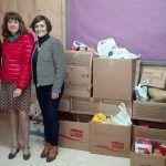 El CEIP Montaña Roja dona alimentos para las familias con menos recursos del municipio