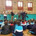 Colegios municipales se acercan a la música a través de la Banda Municipal