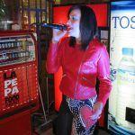 "Sandra del Castillo se lució en la primera entrega del concurso de cantautores ""La Pepa Food Market 2017"""