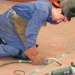 La industria recupera empleo y aumenta su presencia en el tejido empresarial canario