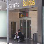 Los aeropuertos canarios atendieron a más  de 268.000 pasajeros con movilidad reducida