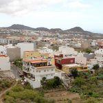 Dos motorizados vecinos de Cabo Blanco arrebataron de la mano un móvil a una mujer