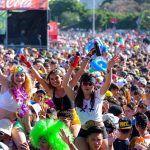 Más de 200.000 personas disfrutan en Santa Cruz del Carnaval de Día y la Piñata