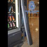 La Policía Nacional detiene a un joven por robar en máquinas expendedoras en La Laguna