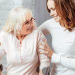 Talleres para dar información, recursos y apoyo a las personas cuidadoras
