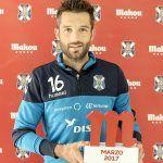 La afición del C.D. Tenerife ha elegido a Aitor Sanz como el mejor de su equipo
