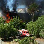 Extinguen un incendio en el antiguo edificio de la facultad de Bellas Artes