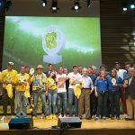 Tropical entrega los premios a los once mejores amigos de la UD Las Palmas