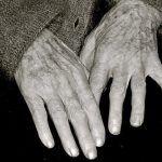Una Mujer de 70 años lleva meses esperando ayuda de Servicios Sociales de Arona