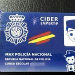 La Policía Nacional entrega 70 carnés de Ciberexpertos a alumnos del CEIP el Chapatal