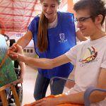 """La Obra Social """"la Caixa"""" destina más de 50.000 euros a 2 proyectos para personas mayores o con discapacidades"""