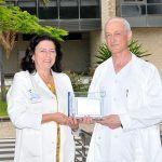 El Hospital Dr. Negrín aplica Ozonoterapia para tratar efectos secundarios de la quimioterapia