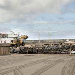 San Sebastián de La Gomera instalará una pasarela de madera en la escollera de la playa