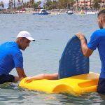 Servicio de ocio acuático para personas con movilidad reducida en Playa Las Vistas