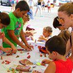 Jóvenes de todo el país realizan en Guía de Isora su voluntariado social