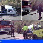 Bomberos de Tenerife liberan a un conductor atrapado en su vehículo en San Miguel