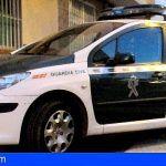 La Guardia Civil detiene a un ciudadano acusado de diversos delitos en Adeje y Arona