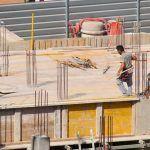 La industria canaria se beneficia de la progresiva recuperación del consumo y de la construcción