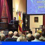 El Teniente General Juan Antonio Carrasco analiza la seguridad internacional en La Laguna