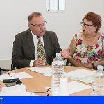 Baltar se reúne con la Plataforma Pro Hospital Público del Sur