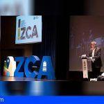 """Clavijo expresa en Arona su apoyo al sector; """"Congreso de las Zonas Comerciales Abiertas"""""""