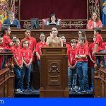 El Parlamento de Canarias declara su apoyo incondicional al silbo gomero