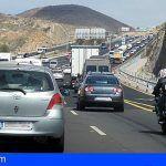 El tercer carril de la TF-1 cada vez más cerca, Fomento se compromete a dar continuidad al Convenio de Carreteras