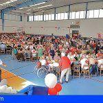 Más de 500 personas asisten al almuerzo anual del Programa de Personas Mayores de Cruz Roja