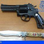 Asaltó a un ciudadano en Las Palmas y lo amenazó con un revólver y un cuchillo