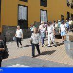 Unas 80 personas visitan Granadilla gracias a la actividad de Ansina 'Nuestros guías, los mayores'