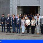 El Cabildo guarda un minuto de silencio en señal de luto por la víctima en El Fraile