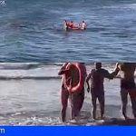 Un agente de la Policía Nacional rescata un turista alemán de 90 años en la playa de Las Burras de Gran Canaria