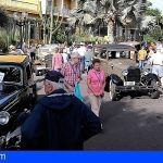 La caravana de coches antiguos Hotel Tigaiga circula un año más por el Valle de La Orotava