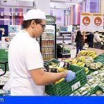 El incremento del salario mínimo firmado con CCOO y UGT beneficiará a un 28 % de trabajadores en canarias