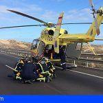 Helicóptero del SUC traslada al hospital a un herido tras un accidente en la TF-1 Arico