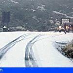 Cerradas las carreteras de acceso al Teide por la nieve