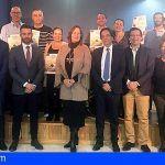 El Gobierno de Canarias acredita en Adeje a 35 personas más en el sector hostelero