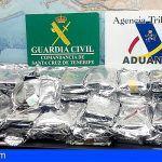 Lo detiene en el puerto de Santa Cruz con 59 kilos de cocaína en su vehículo