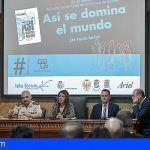 Presentaron en Santa Cruz el libro 'Así se domina el mundo' del coronel Pedro Baños