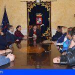 El Alcalde informa a los empresarios sobre el problema del cierre del Barranco de Masca