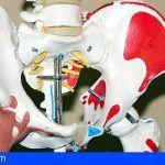El Hospital de La Gomera realiza con éxito la primera intervención de prótesis de cadera