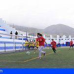 El Cabildo de Tenerife y siete ayuntamientos invertirán 1,4 millones en el césped de los campos de fútbol
