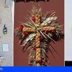 Cerca de 30 cruces participan en el II Concurso de Cruces Adornadas en Fachadas de Santiago del Teide