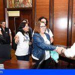 El Cabildo de Gran Canaria respalda a las representantes de las camareras de piso las kellys