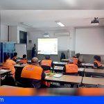 Una treintena de voluntarios de Protección Civil de Tenerife se forman en las pautas de actuación en emergencias
