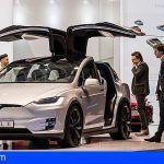 El Salón del Vehículo Eléctrico de Canarias regresa con los últimos modelos y el atractivo Tesla X 75D