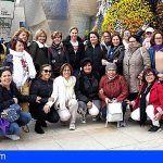 Las mujeres isoranas visitan el parlamento aragonés