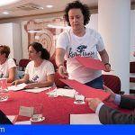 Las camareras de piso representadas por las Kellys y organizaciones sindicales se reúnen con Clavijo