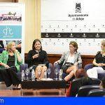 """Victoria López en Adeje """"aún queda camino por recorrer"""" en cuanto a las mujeres en puestos directivos"""